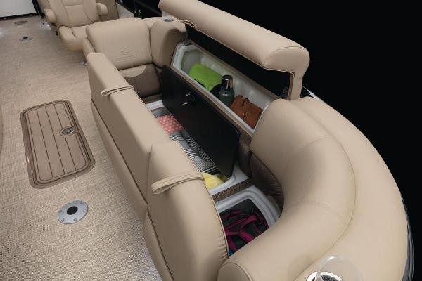 2021 Regency boat for sale, model of the boat is 230 DL3 & Image # 29 of 71