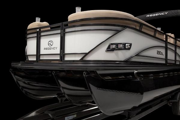 2021 Regency boat for sale, model of the boat is 230 DL3 & Image # 58 of 71