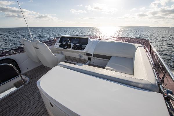 Princess Motor Yacht Sales - Used Princess S60