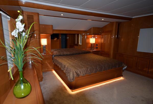 28 m Steel Aegean Yacht Motoryacht Nimir master cabin