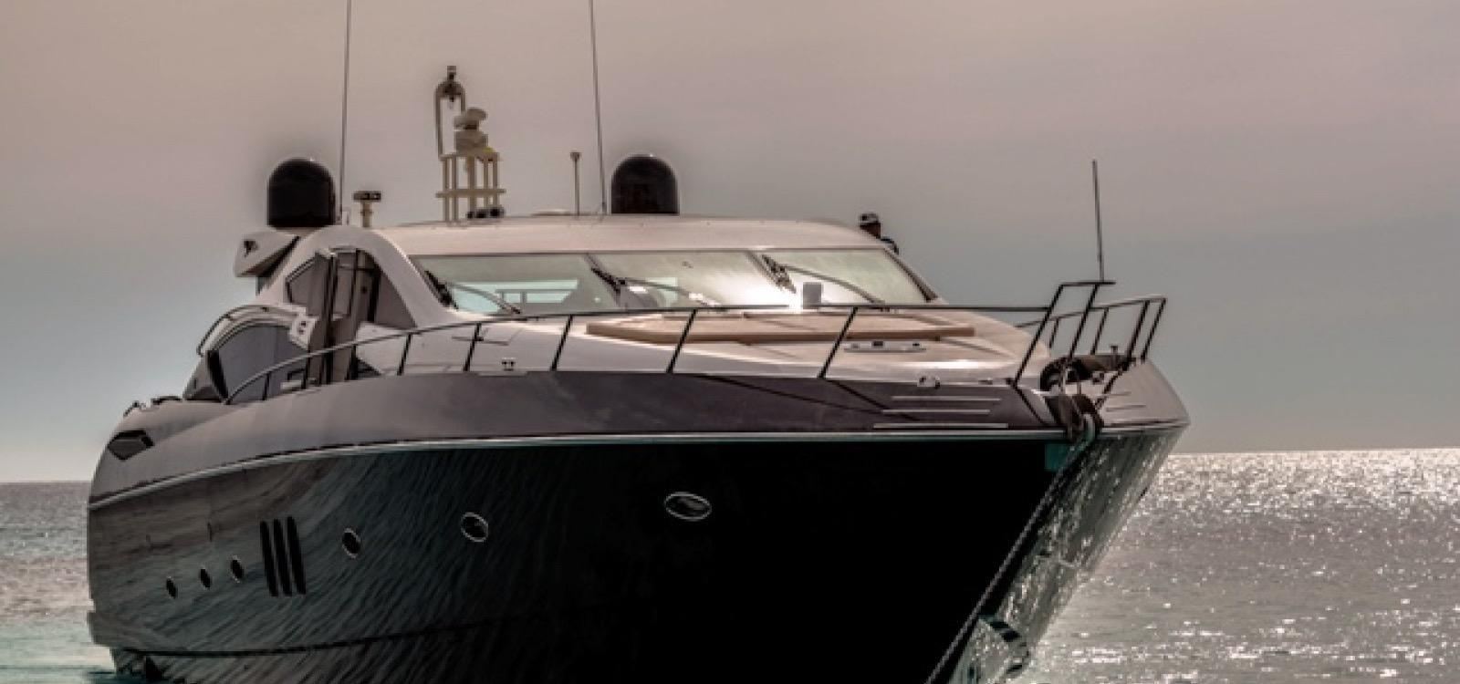81.99 ft Sunseeker Predator 82
