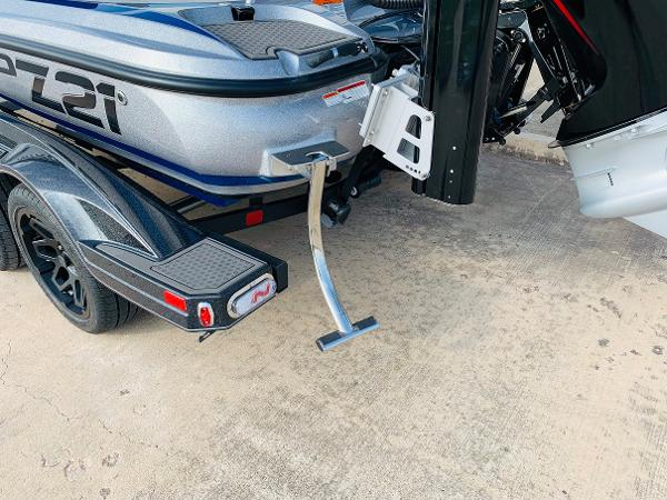 2021 Nitro boat for sale, model of the boat is Z21 Pro & Image # 7 of 59