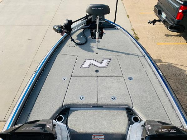 2021 Nitro boat for sale, model of the boat is Z21 Pro & Image # 12 of 59
