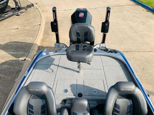 2021 Nitro boat for sale, model of the boat is Z21 Pro & Image # 39 of 59