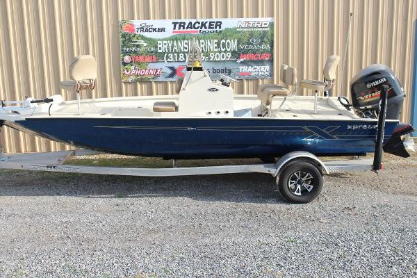 2021 Xpress boat for sale, model of the boat is H20B & Image # 9 of 12