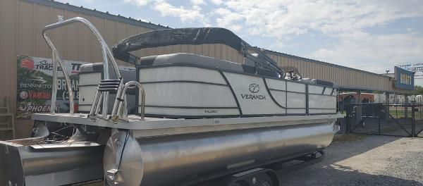 2021 Veranda boat for sale, model of the boat is VR22RC Deluxe Tri-Toon Package & Image # 7 of 34