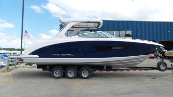 2020 Regal boat for sale, model of the boat is 3300 & Image # 1 of 51