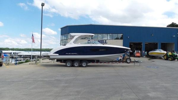 2020 Regal boat for sale, model of the boat is 3300 & Image # 6 of 51