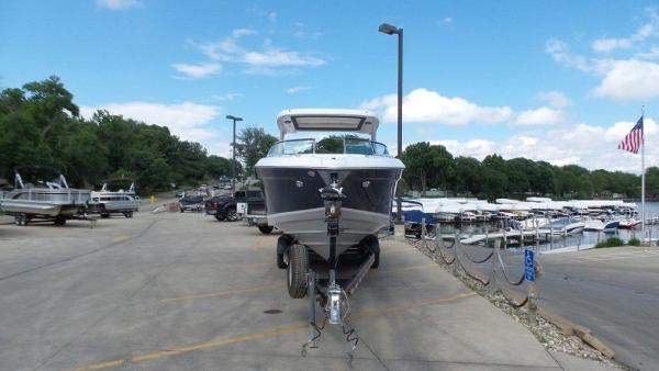 2020 Regal boat for sale, model of the boat is 3300 & Image # 7 of 51