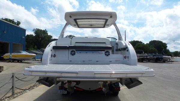 2020 Regal boat for sale, model of the boat is 3300 & Image # 10 of 51