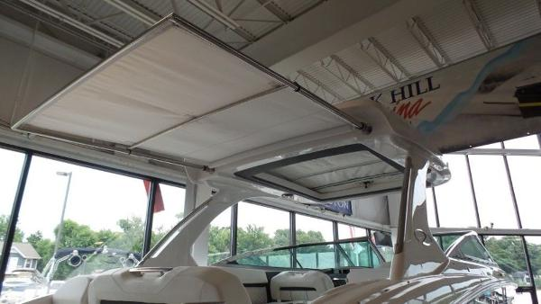 2020 Regal boat for sale, model of the boat is 3300 & Image # 44 of 51