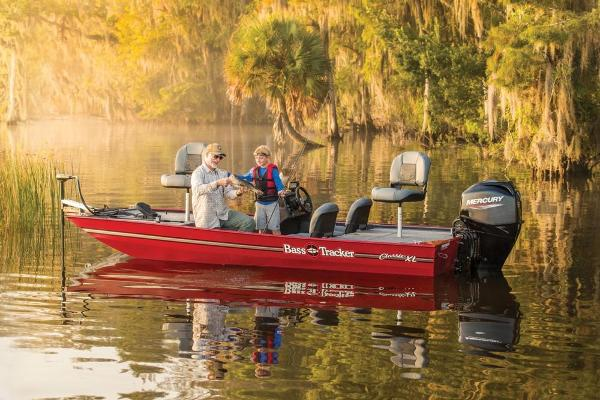 2020 Tracker Boats boat for sale, model of the boat is Bass Tracker Classic XL & Image # 8 of 44