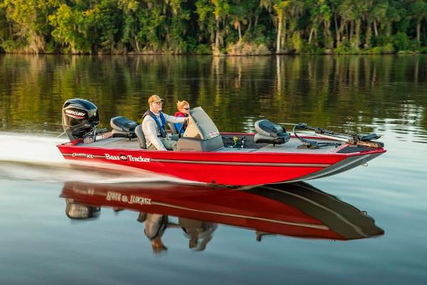 2020 Tracker Boats boat for sale, model of the boat is Bass Tracker Classic XL & Image # 5 of 44