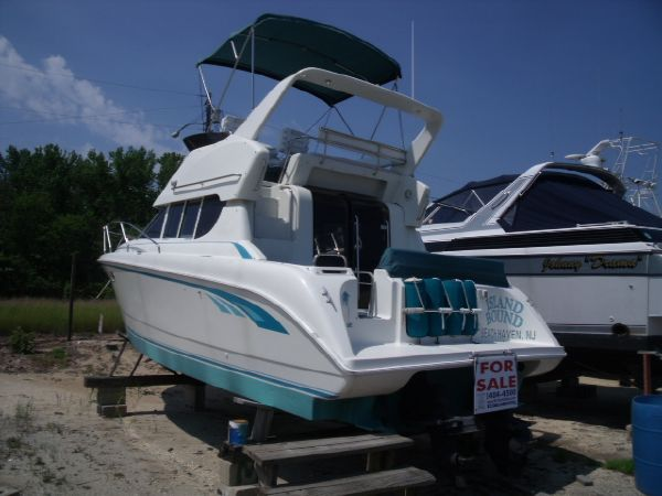 Silverton 312 Sedan Bridge Convertible Boats. Listing Number: M-3230886