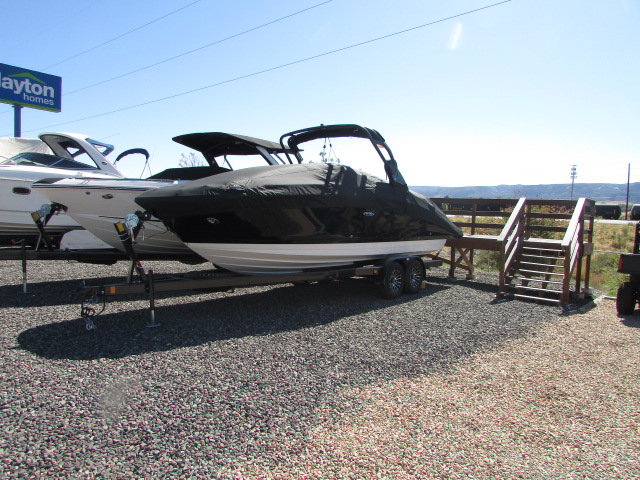 2020 Sea Ray boat for sale, model of the boat is 270 SDX & Image # 12 of 21