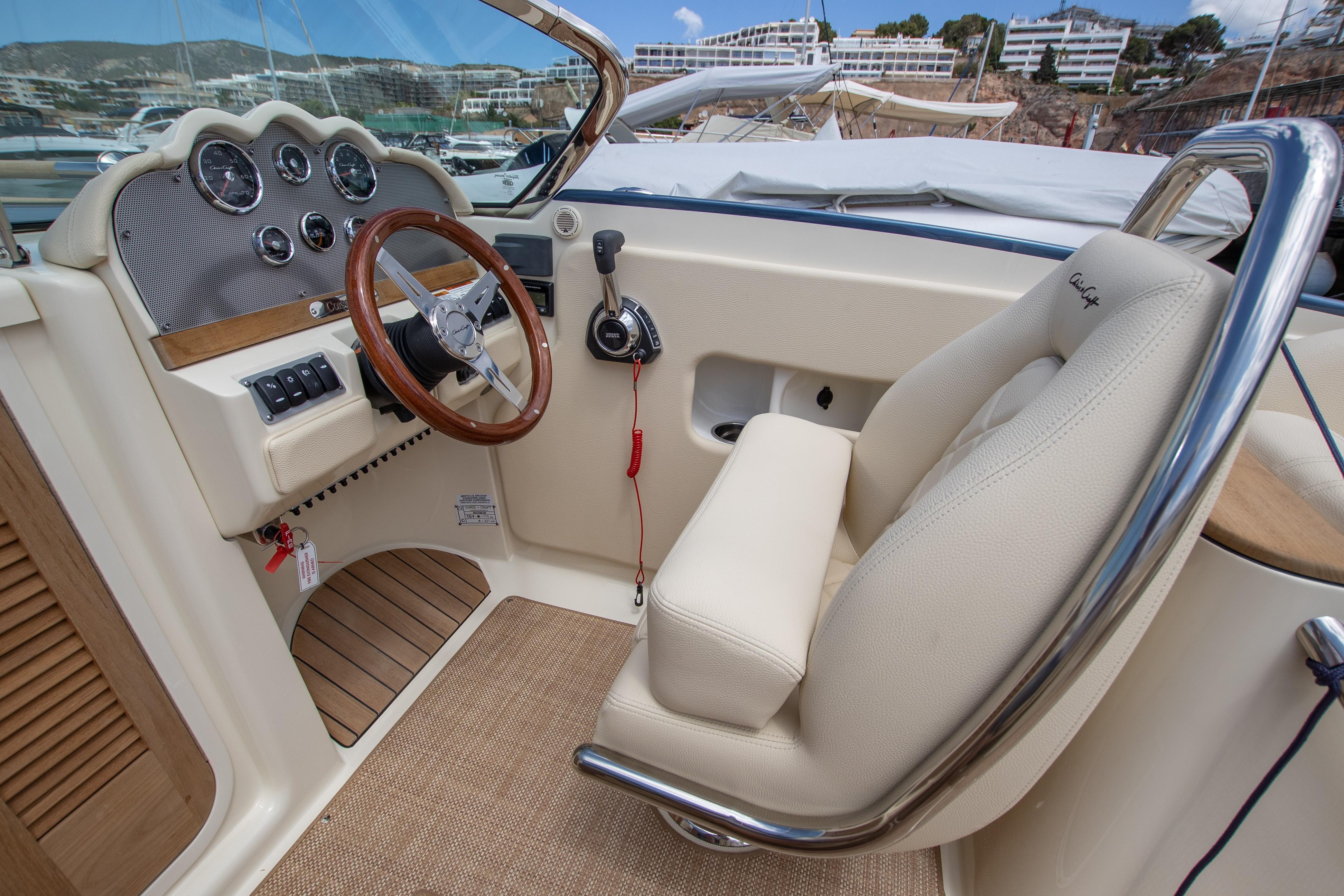 Boats - Argo Yachting