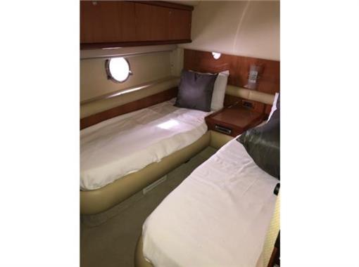 2006 Azimut 55' - Twin Guest Stateroom