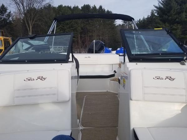 2019 Sea Ray boat for sale, model of the boat is SPX 190 OB & Image # 4 of 18