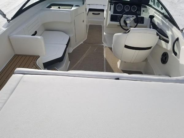 2019 Sea Ray boat for sale, model of the boat is SPX 190 OB & Image # 5 of 18