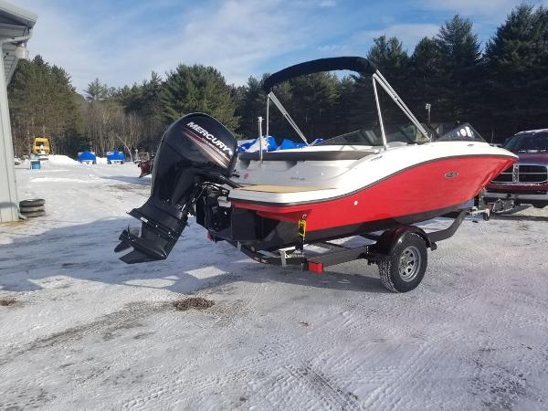 2019 Sea Ray boat for sale, model of the boat is SPX 190 OB & Image # 6 of 18