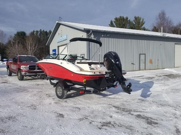 2019 Sea Ray boat for sale, model of the boat is SPX 190 OB & Image # 7 of 18