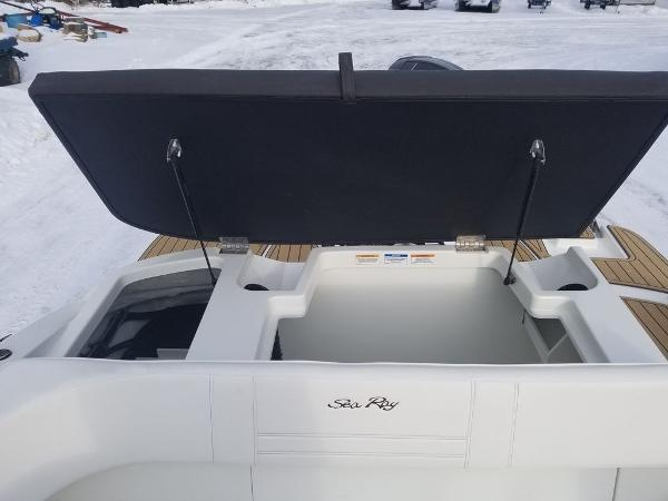 2019 Sea Ray boat for sale, model of the boat is SPX 190 OB & Image # 8 of 18