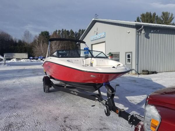 2019 Sea Ray boat for sale, model of the boat is SPX 190 OB & Image # 17 of 18