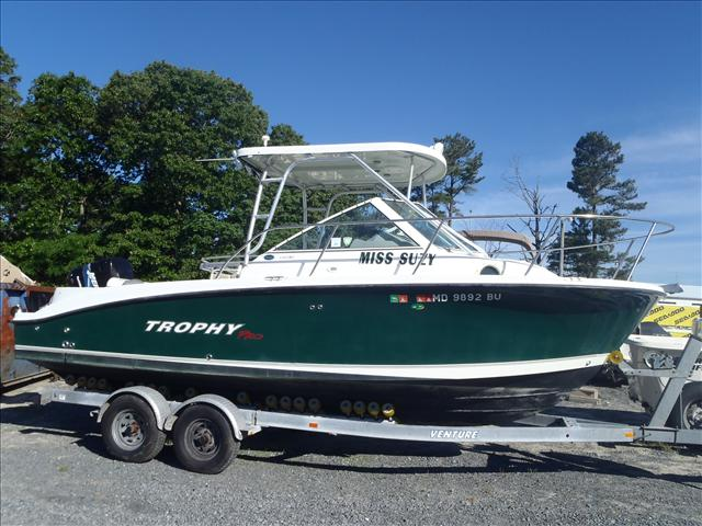 2005 Trophy Marine boat for sale, model of the boat is 2302 Walkaround & Image # 1 of 17