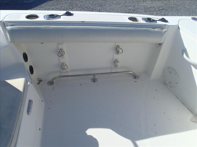 2005 Trophy Marine boat for sale, model of the boat is 2302 Walkaround & Image # 12 of 17