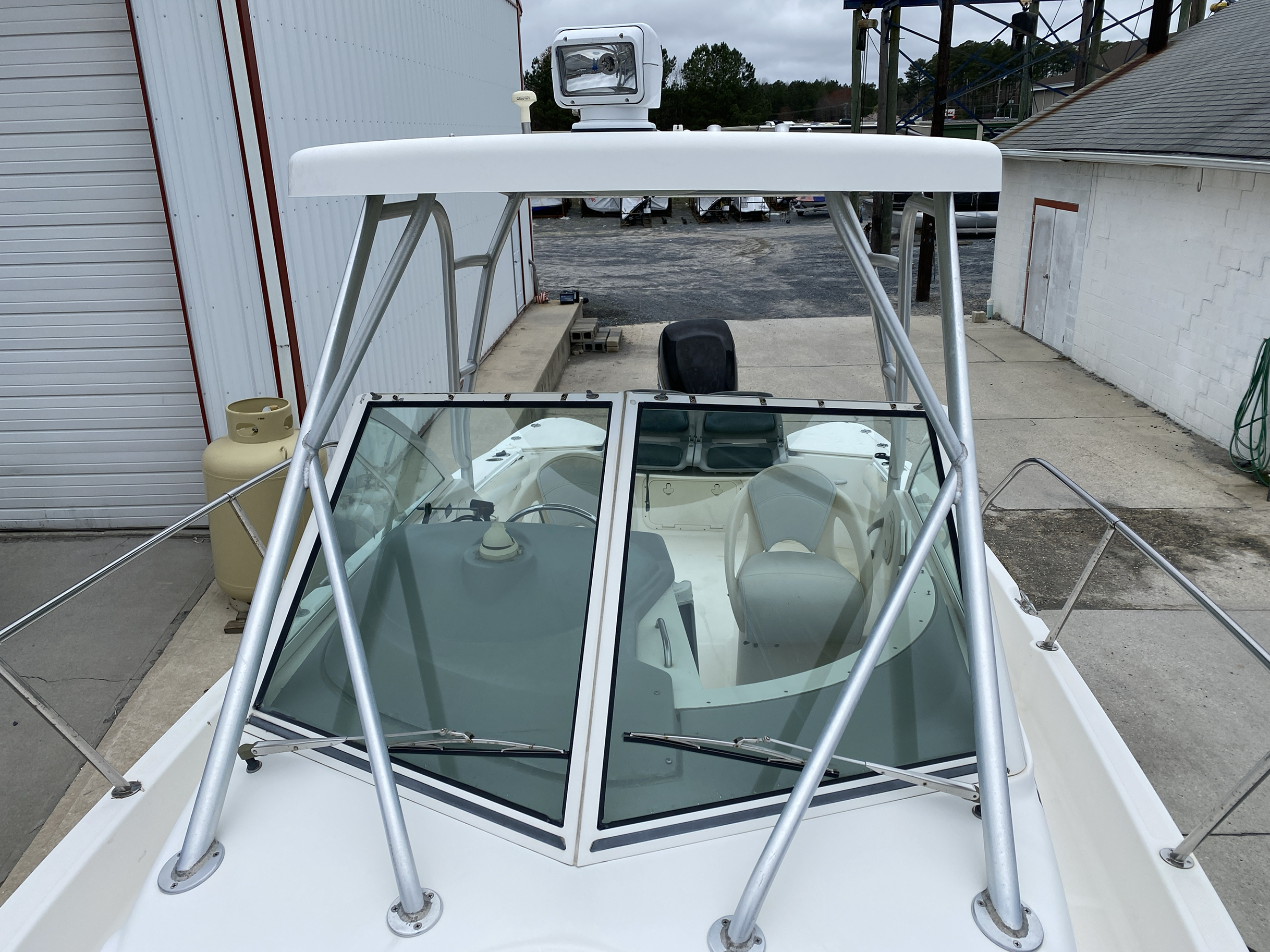 2005 Trophy Marine boat for sale, model of the boat is 2302 Walkaround & Image # 16 of 17