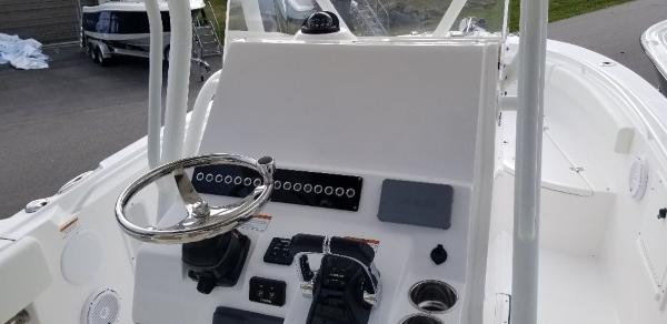 2021 Edgewater boat for sale, model of the boat is 245 CC & Image # 16 of 23