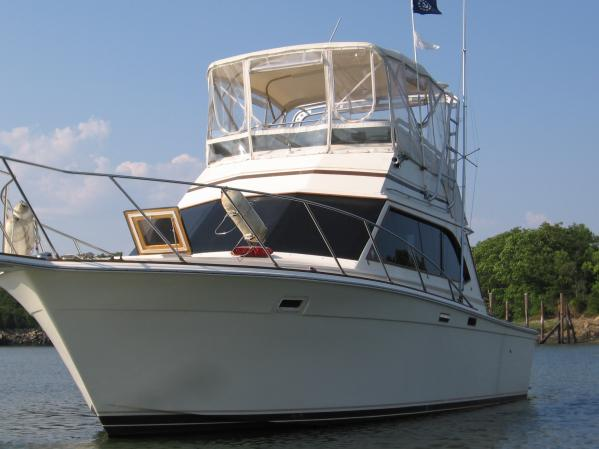 Egg Harbor 33 Sedan Convertible Boats. Listing Number: M-3818033