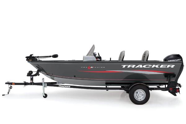 2018 Tracker Boats boat for sale, model of the boat is Pro Guide V-16 SC & Image # 2 of 4