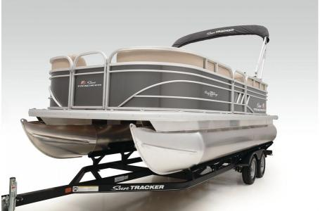 2020 Sun Tracker boat for sale, model of the boat is Party Barge 20 DLX & Image # 25 of 39