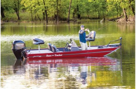 2020 Tracker Boats boat for sale, model of the boat is Basstracker Classic XLw/50ELPT & Image # 28 of 35