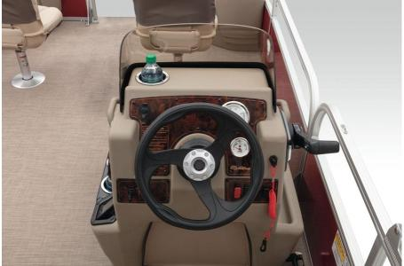 2020 Sun Tracker boat for sale, model of the boat is BASS BUGGY 18 & Image # 7 of 43