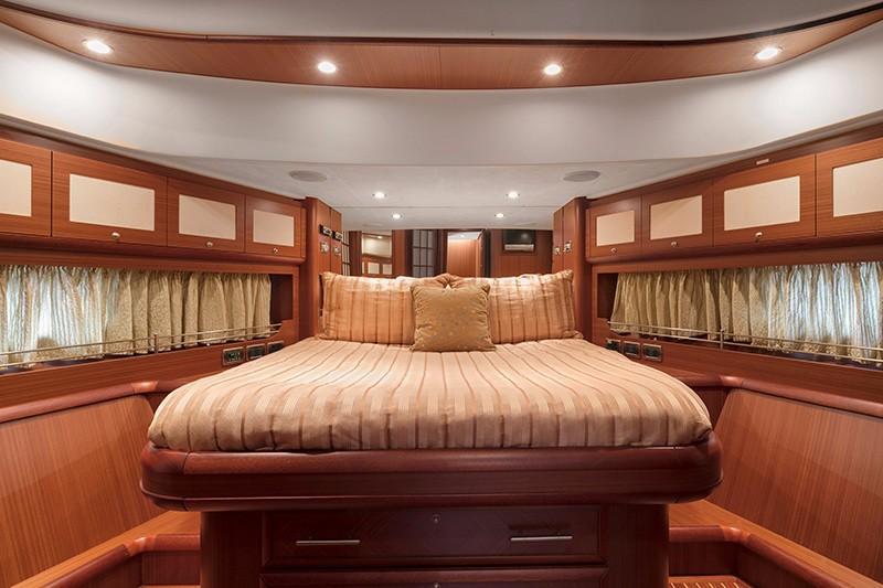 74' Mochi Craft VIP Stateroom