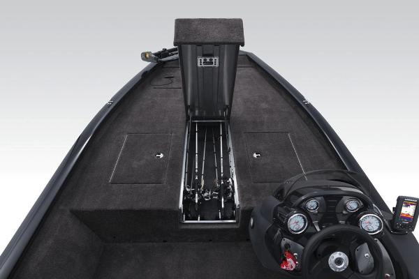 2018 Tracker Boats boat for sale, model of the boat is Pro Team 190 TX & Image # 11 of 28