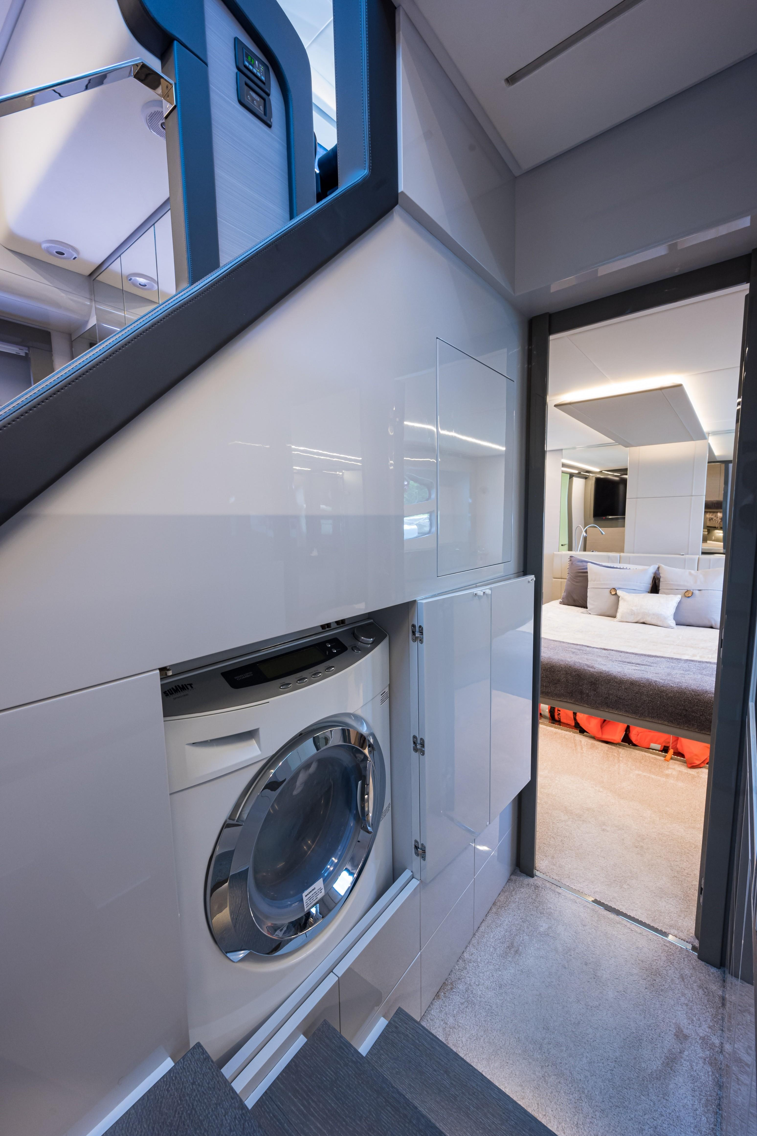 2016 Pershing 62 - Laundry