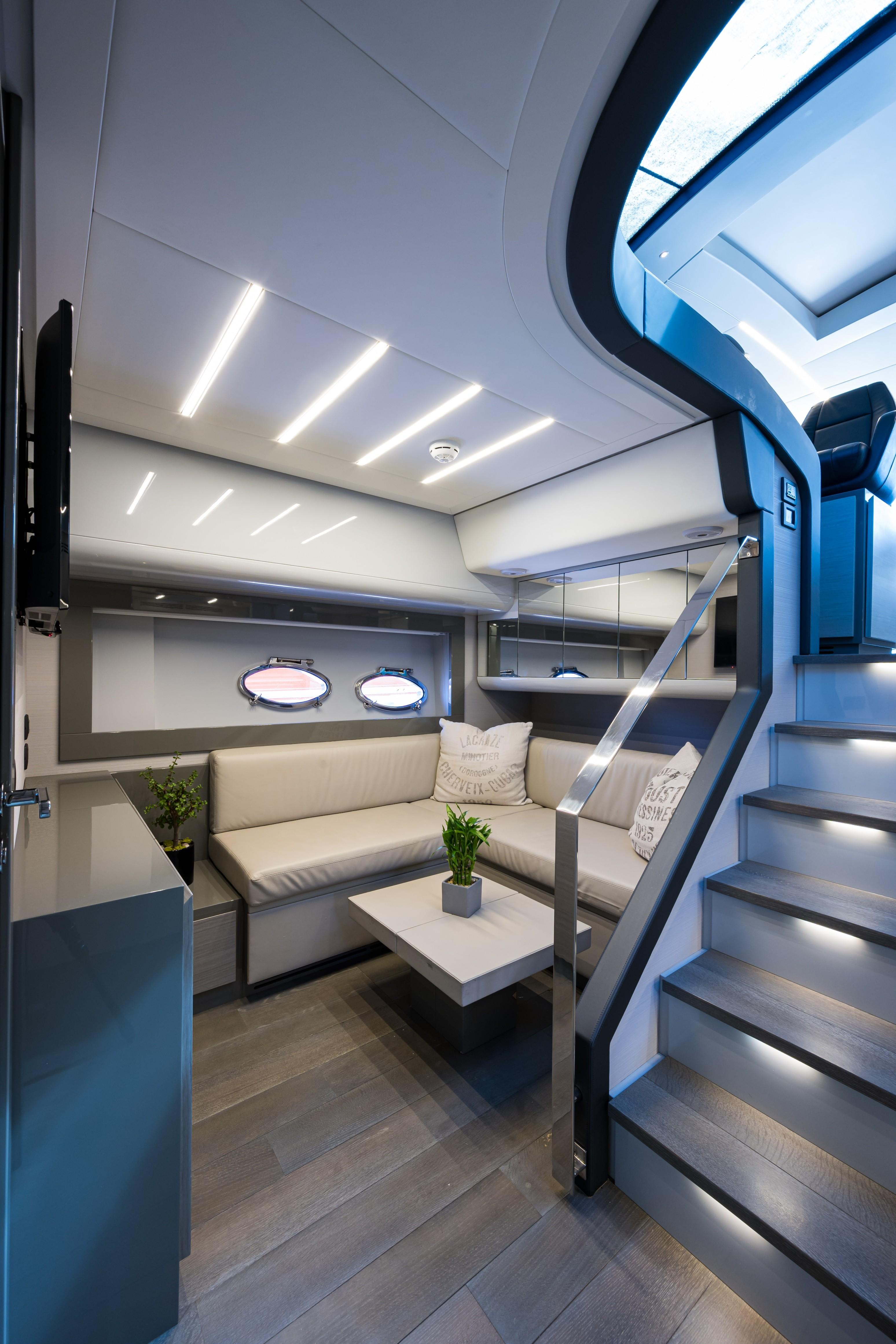 2016 Pershing 62 - Lower Salon