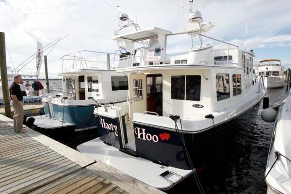 34' American Tug 2003 34