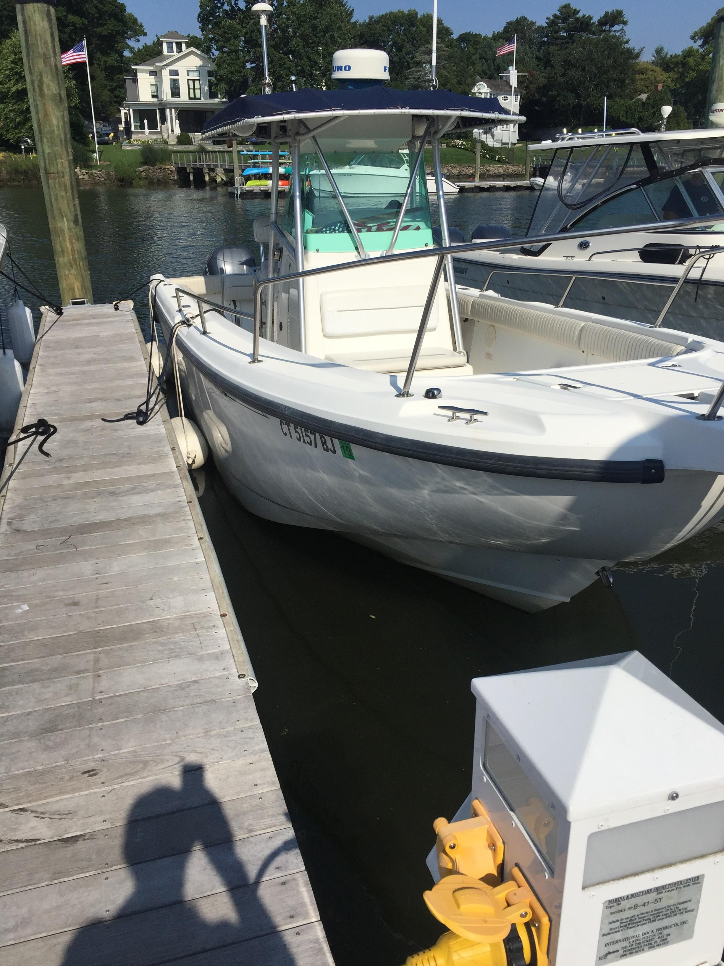 1999 Boston Whaler 260 Outrage