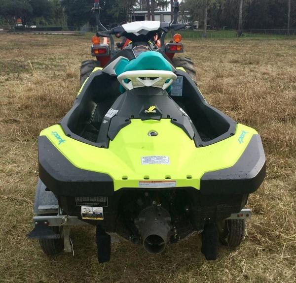 2018 Sea Doo PWC boat for sale, model of the boat is SPARK® 2-up Rotax 900 ACE & Image # 5 of 7