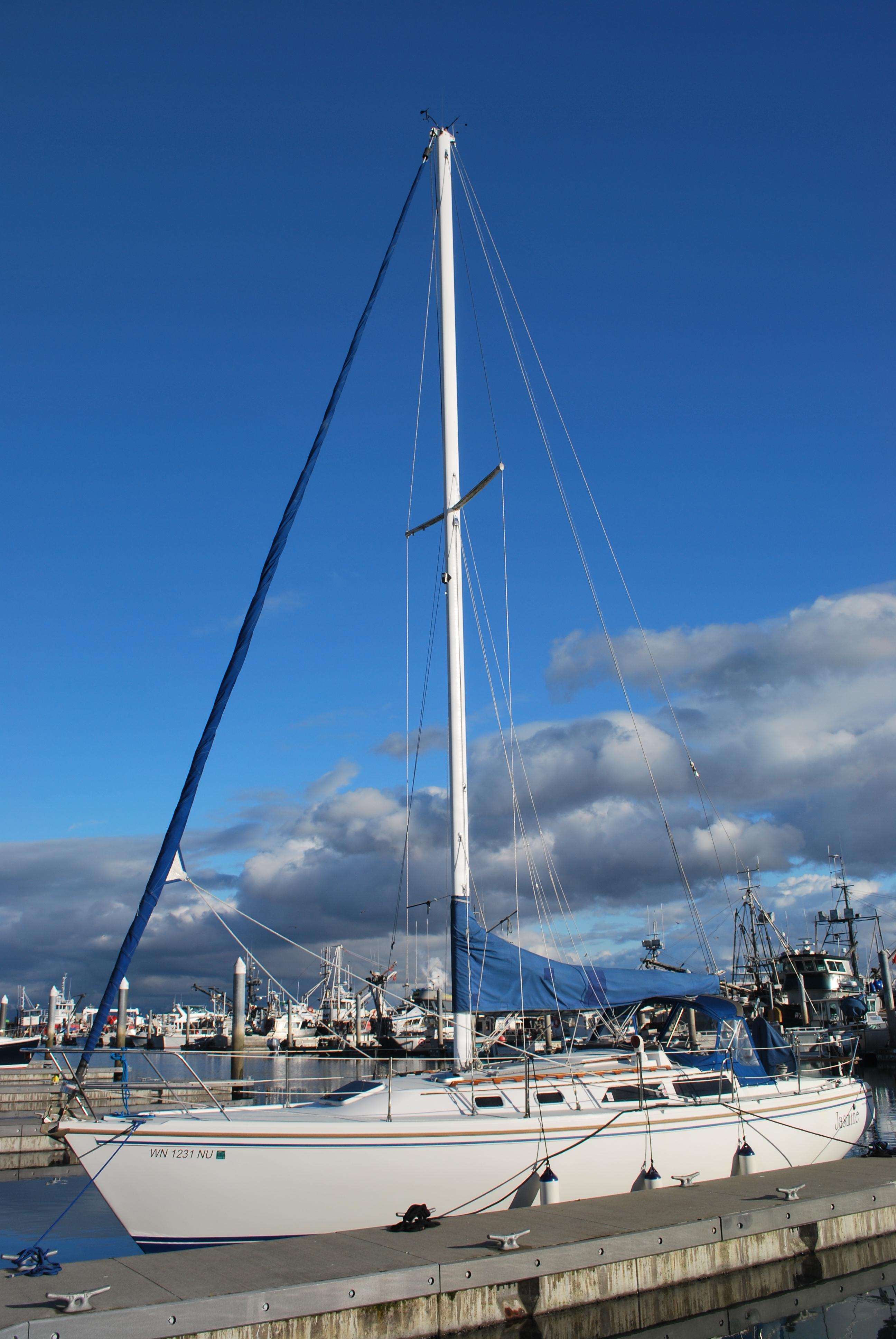 Picture Of:  36' Catalina Sloop 1991Yacht For Sale | 37