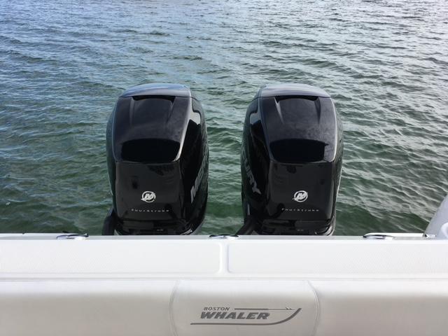 Twin 300 Verados!