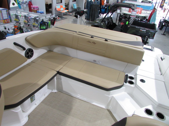 2020 Sea Ray boat for sale, model of the boat is 21 SPX & Image # 11 of 17