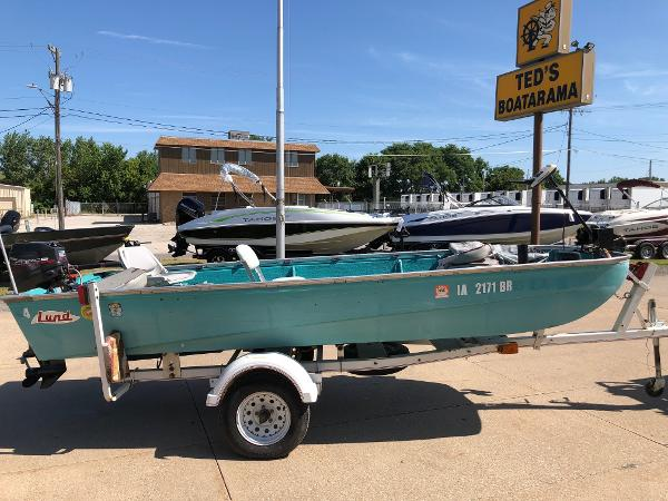 1975 LUND 15' for sale