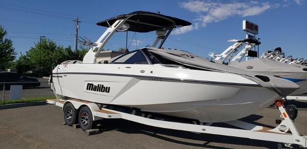 2019 MALIBU 23 LSV for sale