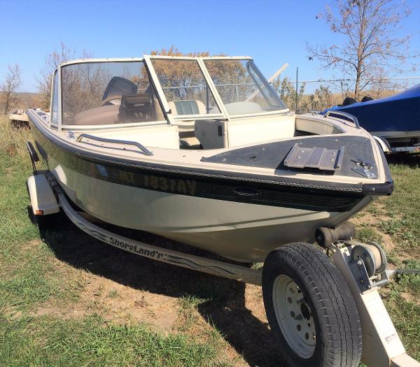 1996 CRESTLINER SPORT FISH 1750 for sale