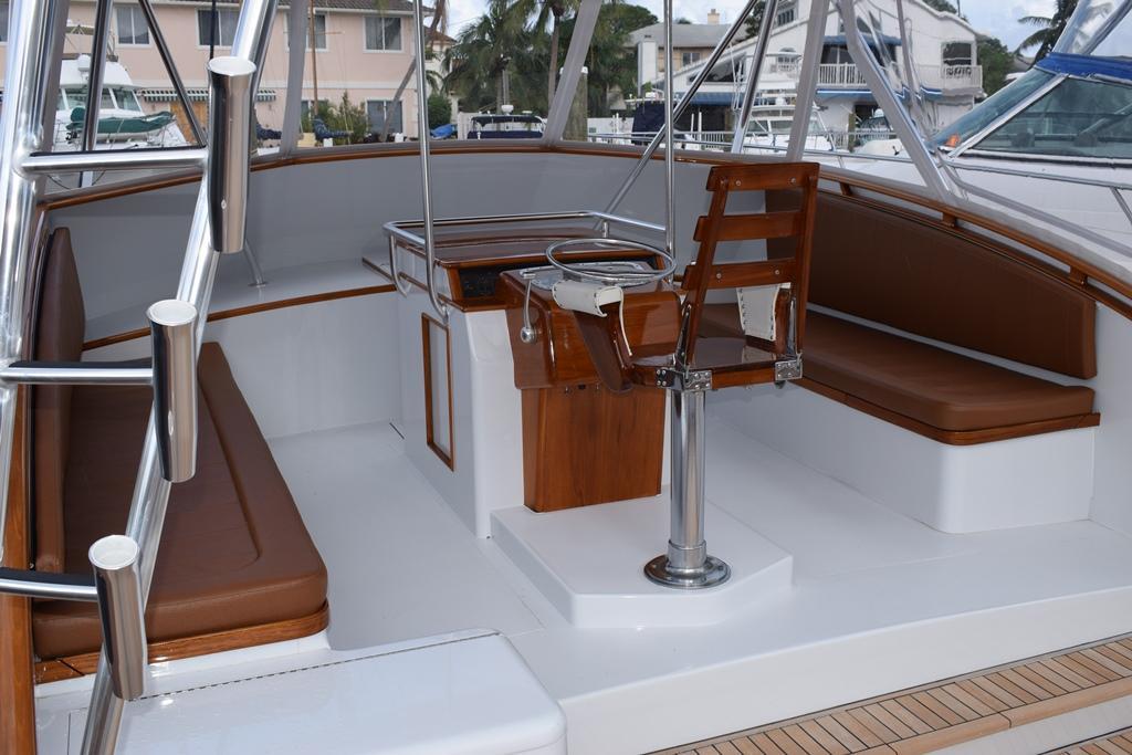 Helm & Bridge Seating
